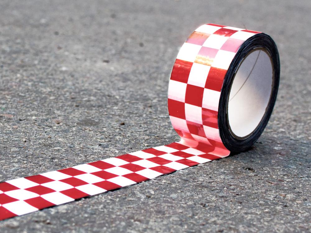 Karoklebeband, Checkertape, 50mm x 66m, rot/weiß